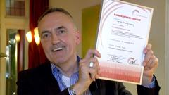 Marcel van Oss met LVV certificaat